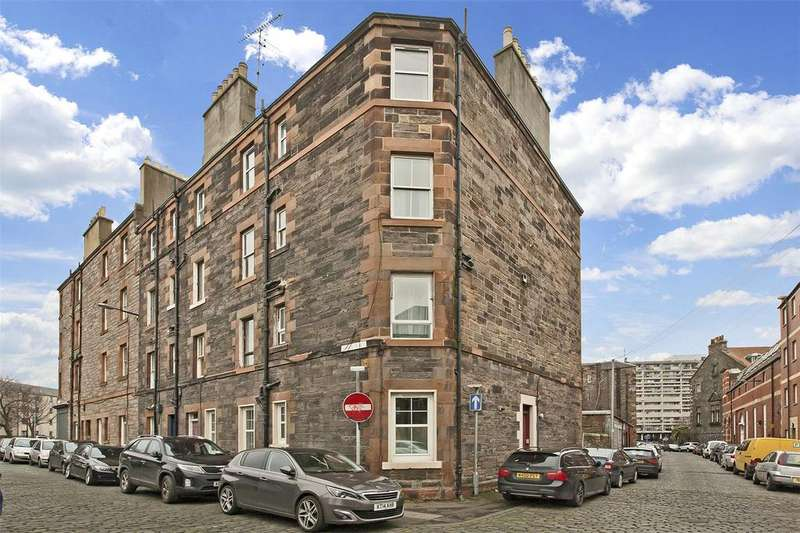2 Bedrooms Flat for sale in 71/1 Giles Street, Edinburgh, EH6