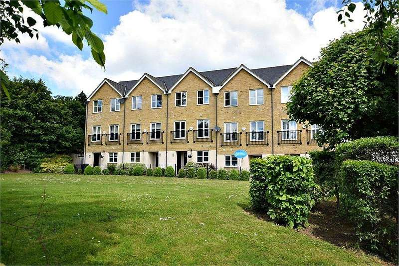 4 Bedrooms Town House for sale in Edson Close, WATFORD, Hertfordshire