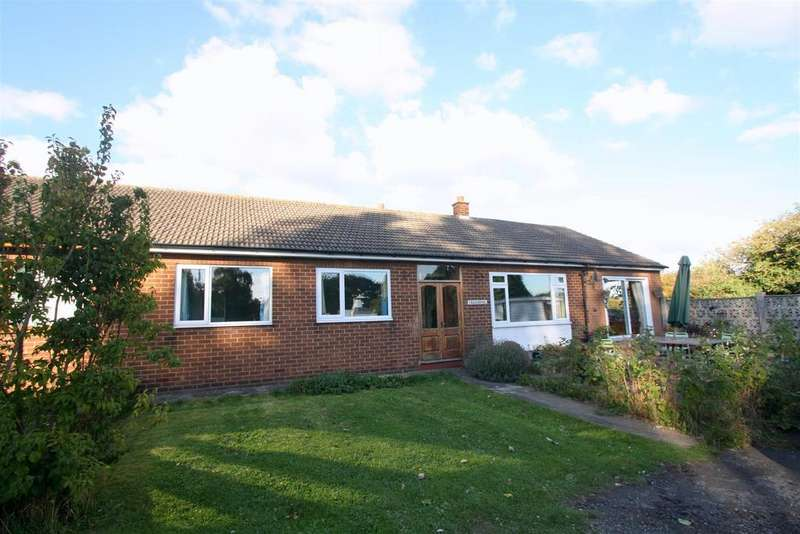 4 Bedrooms Semi Detached Bungalow for sale in Well Bank, Aycliffe Village