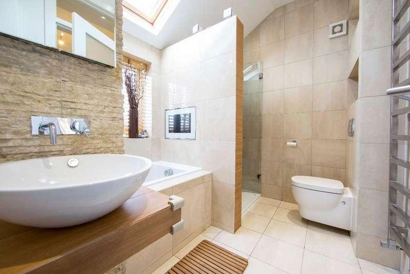 3 Bedrooms Semi Detached House for sale in Merthyr Road, Pontypridd, CF37 4DD