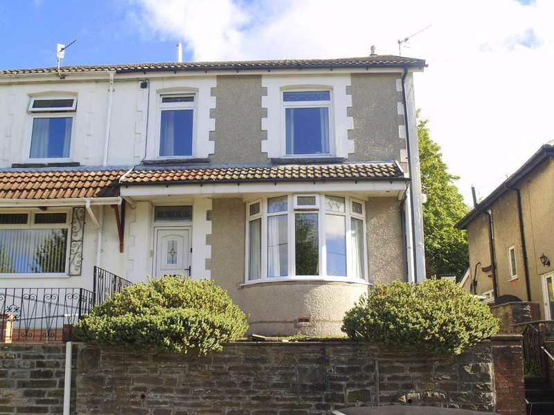 3 Bedrooms Terraced House for sale in High Street, Trelewis, CF46 6AD