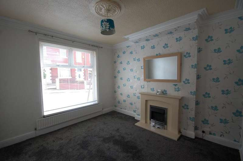 3 Bedrooms Terraced House for sale in Pritchard Street, Infirmary, Blackburn