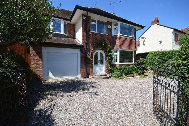4 Bedrooms Detached House for sale in Springfield Avenue, Newton