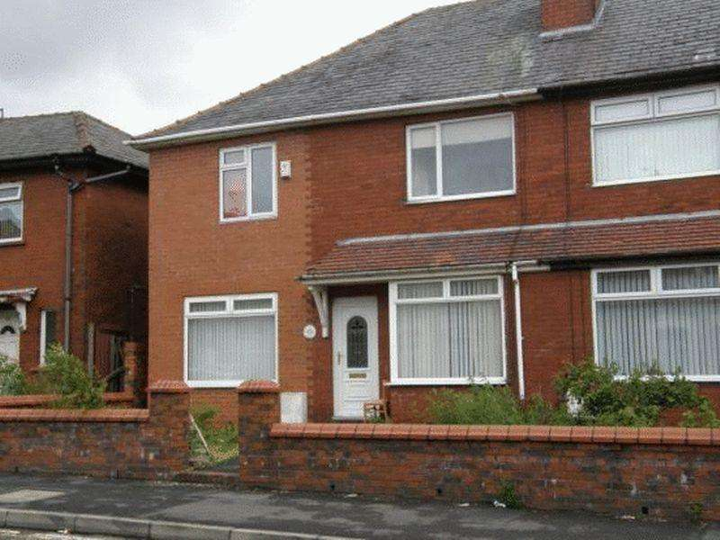 4 Bedrooms Semi Detached House for sale in Garforth Street, Oldham