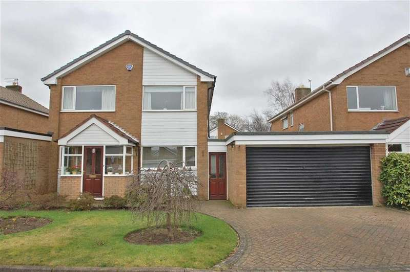 4 Bedrooms Link Detached House for sale in Penhale Mews, Bramhall, Cheshire