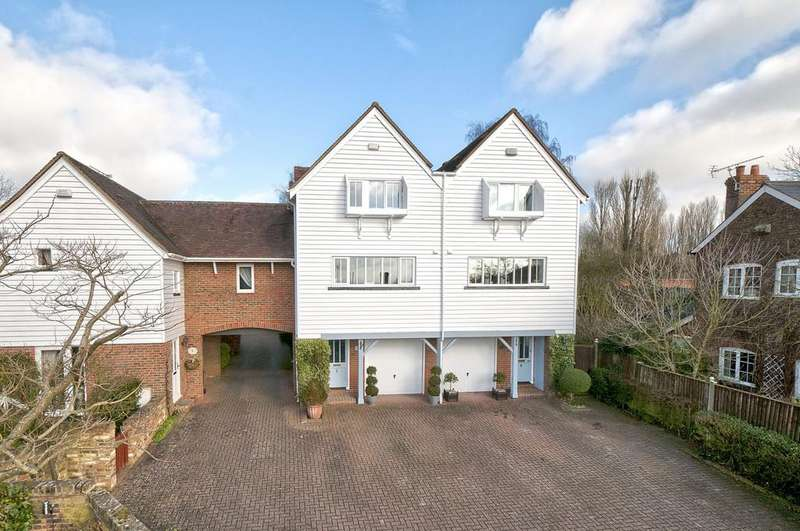 4 Bedrooms Semi Detached House for sale in Vine Court, Wateringbury