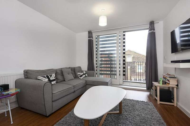 1 Bedroom Flat for sale in Ashmore Road, Woolwich, SE18