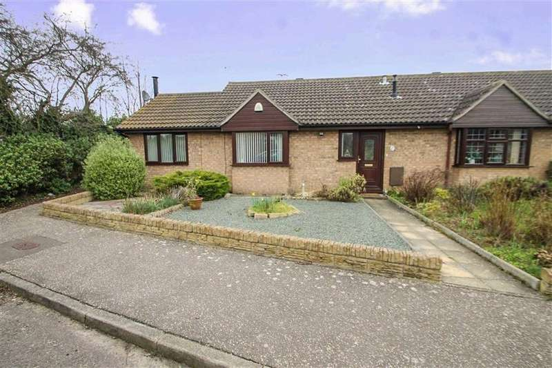 1 Bedroom Semi Detached Bungalow for sale in Battisford Drive, Clacton-on-Sea