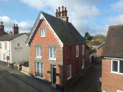 4 Bedrooms Detached House for sale in Manningtree, Essex