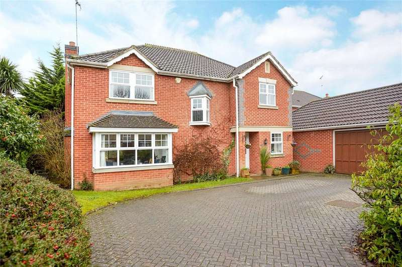 4 Bedrooms Detached House for sale in St. Andrews Gardens, Cobham, Surrey, KT11