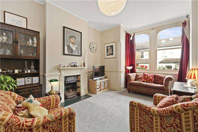 3 Bedrooms Flat for sale in Hetley Road, London, W12