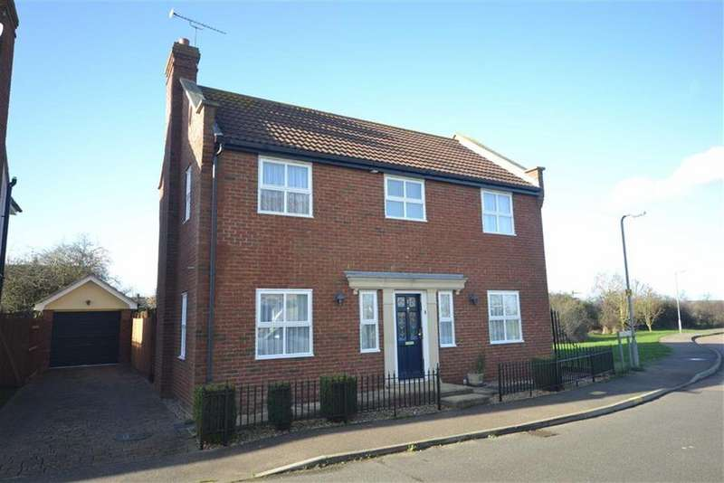 4 Bedrooms Detached House for sale in St Georges Close, Heybridge Basin, Essex