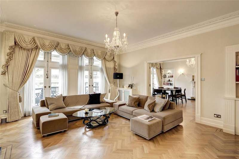 3 Bedrooms Flat for sale in Whitehall Court, Westminster, London, SW1A