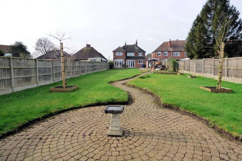4 Bedrooms Detached House for sale in Claymills Road, Stretton