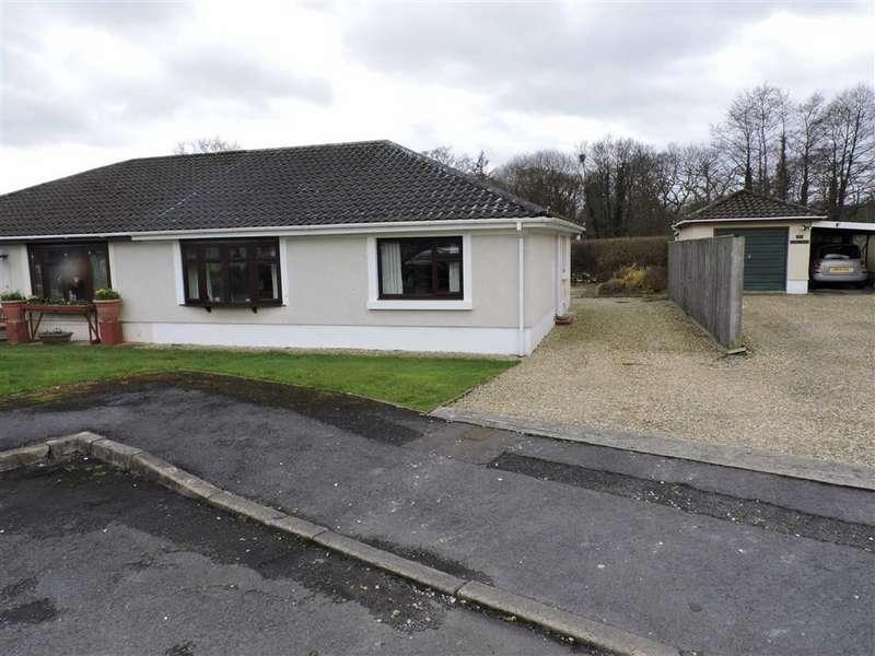 2 Bedrooms Property for sale in Derwen Fawr, Llandybie