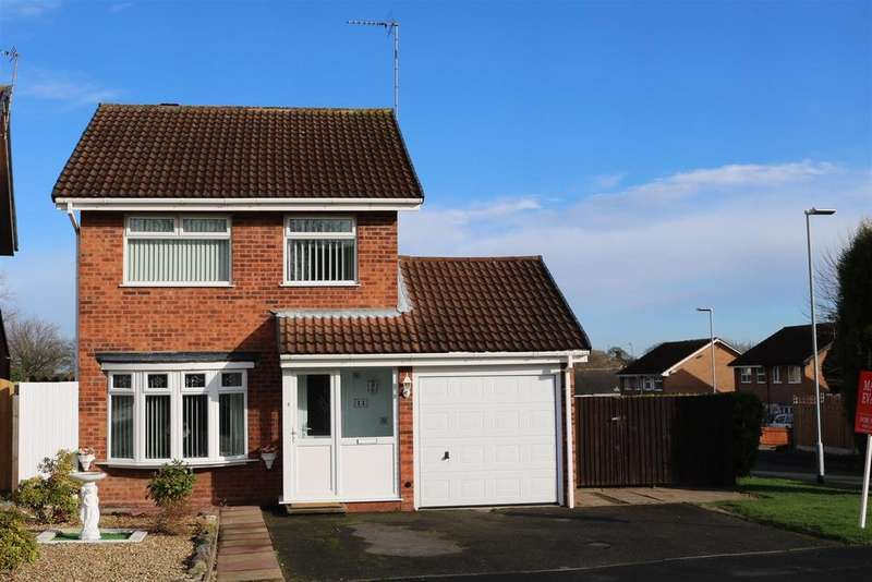 3 Bedrooms Detached House for sale in Kestrel, Wilnecote, Tamworth