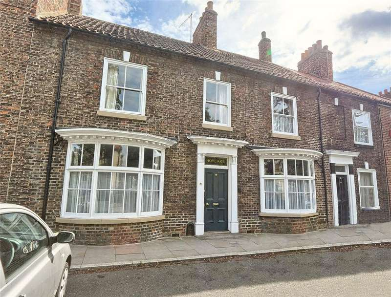 3 Bedrooms Terraced House for sale in High Street, Norton Village