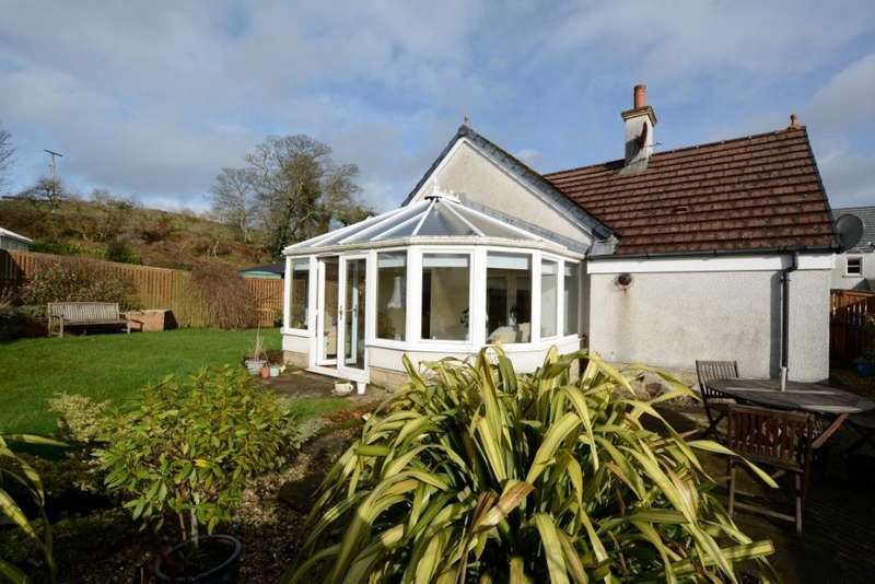 2 Bedrooms Bungalow for sale in 15 Noddleburn Place, Largs, KA30 8UE