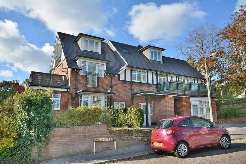 3 Bedrooms Apartment Flat for sale in Sandecotes Road, Lower Parkstone, Poole