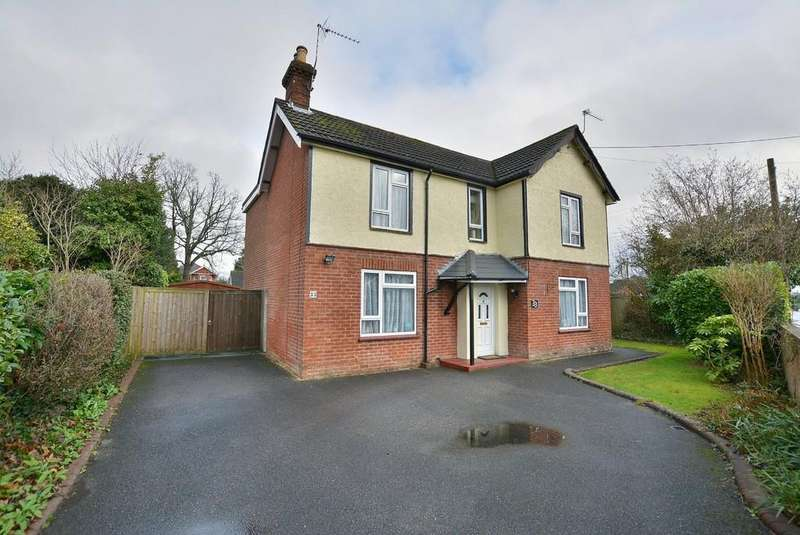 4 Bedrooms Detached House for sale in Pinehurst Road, West Moors