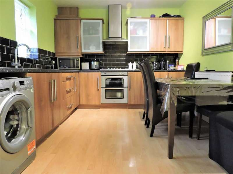 3 Bedrooms Property for sale in Markham Street, Hyde, Greater Manchester