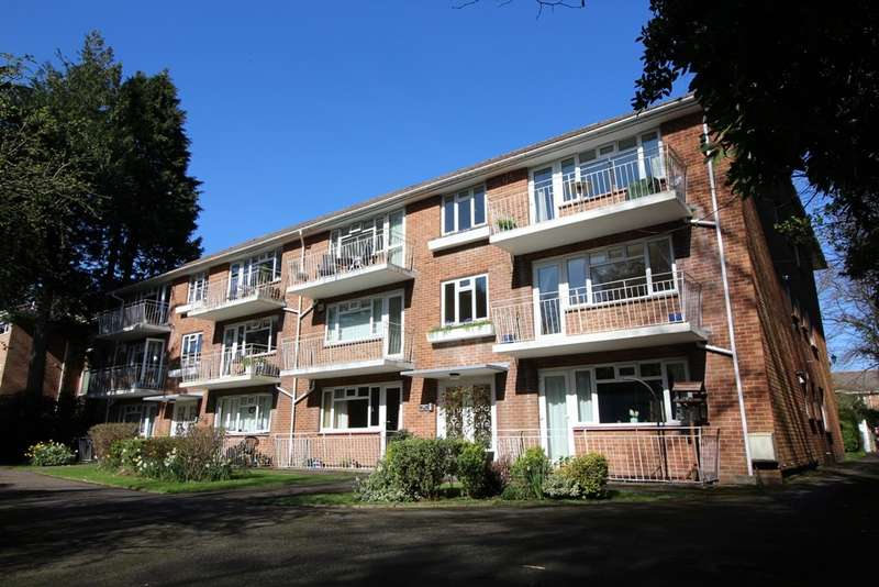 2 Bedrooms Apartment Flat for sale in 15 Portarlington Road, Westbourne, Bournemouth