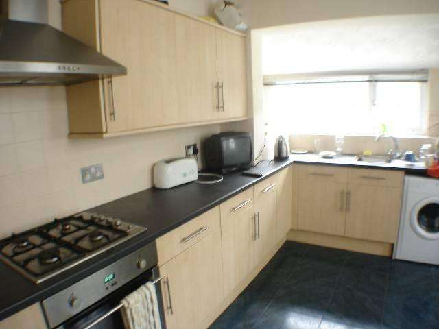 6 Bedrooms House for rent in Claude Road, , Roath