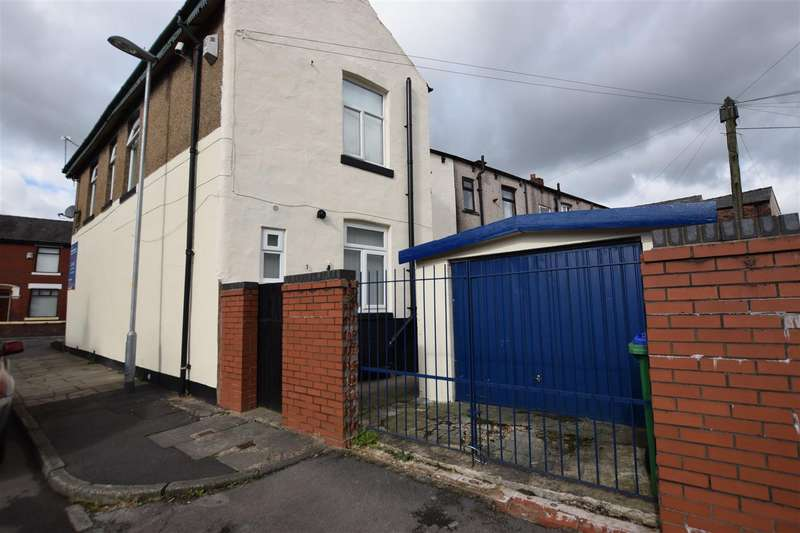 4 Bedrooms Property for sale in JK Sandwhich Shop, Middleton Road, Heywood