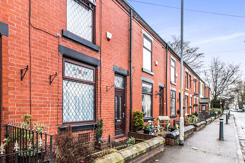 2 Bedrooms Property for sale in Higher Green Lane, MANCHESTER, M29