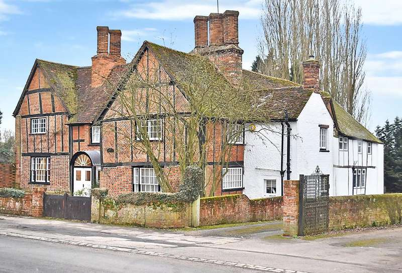 6 Bedrooms Detached House for sale in High Street South, Stewkley