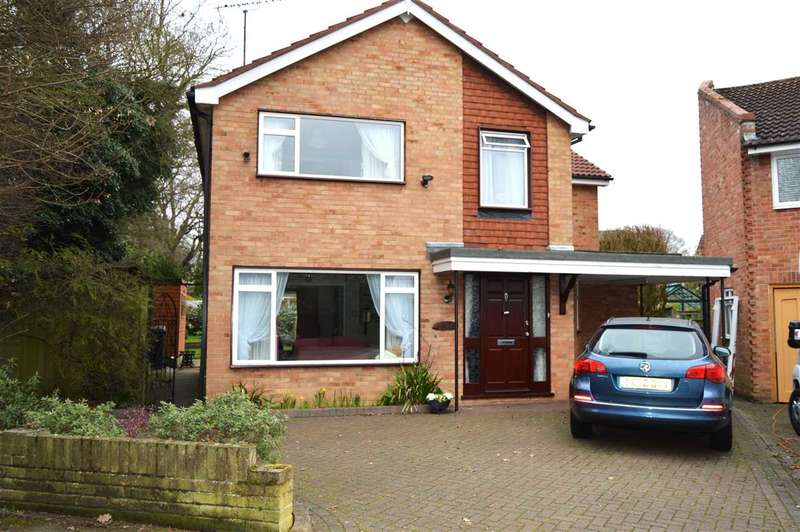 4 Bedrooms Detached House for sale in Cannon Leys, Galleywood, Chelmsford