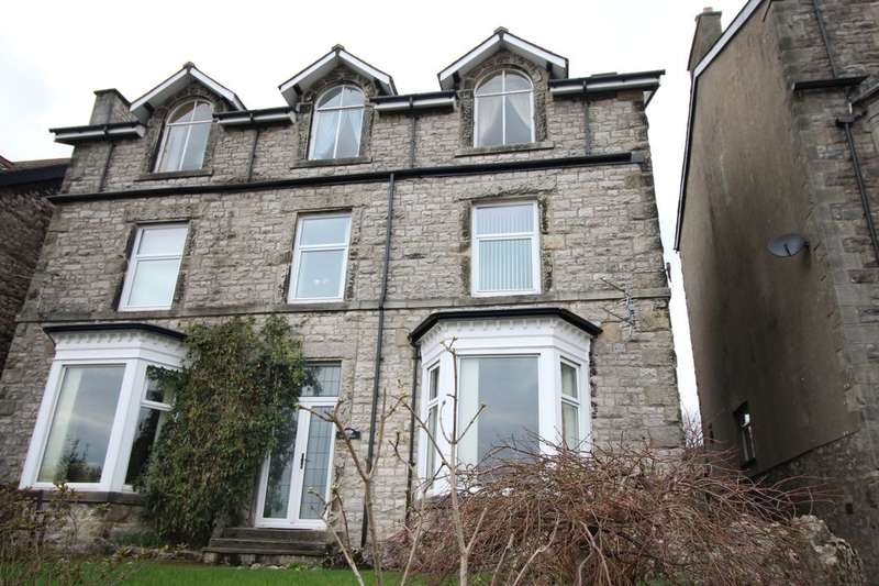 3 Bedrooms Flat for sale in The Esplanade, Grange-Over-Sands, LA11