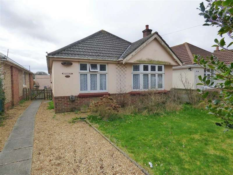 3 Bedrooms Bungalow for sale in Minstead Road, Bournemouth, Dorset