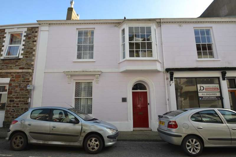 4 Bedrooms Terraced House for sale in Buttgarden Street, Bideford