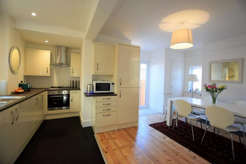 3 Bedrooms House for sale in Cleve Road, Exwick, EX4