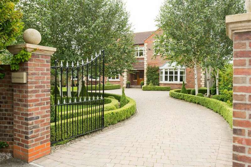 5 Bedrooms Detached House for sale in Sandhill Lane, Sutton On Derwent, York, YO41