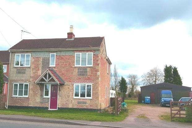 3 Bedrooms Detached House for sale in Wimblington Road, Doddington, PE15