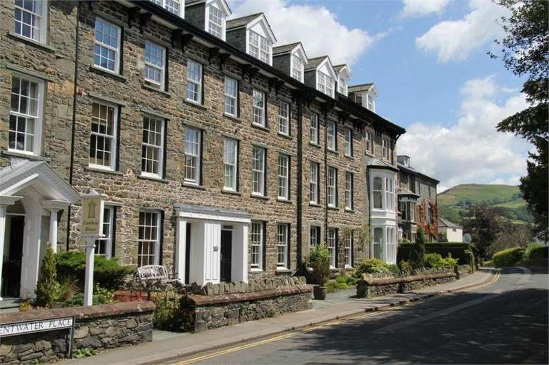 1 Bedroom Flat for sale in 3 Chaucer House Apartments, Derwentwater Place, Keswick, Cumbria