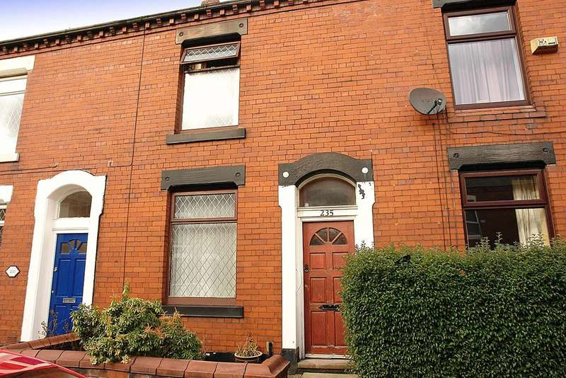 2 Bedrooms Terraced House for sale in 235 Denton Lane, Chadderton