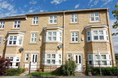 4 Bedrooms Terraced House for sale in The Grange, Woolley Grange, Barnsley, West Yorkshire