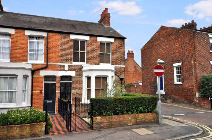 3 Bedrooms End Of Terrace House for sale in Kingston Road, Oxford