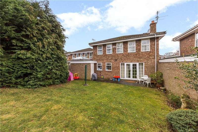 4 Bedrooms Detached House for sale in Icknield Close, St. Albans, Hertfordshire
