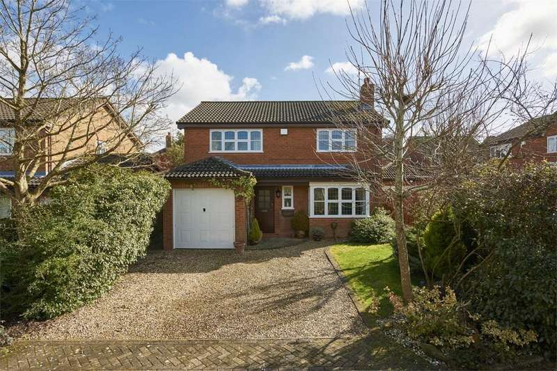4 Bedrooms Detached House for sale in Sterndale Close, Desborough, Kettering, Northamptonshire