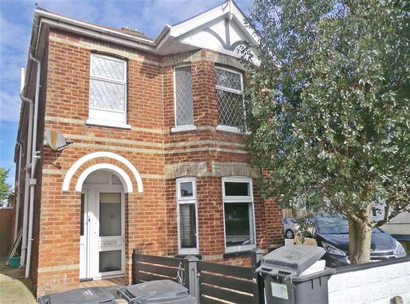 1 Bedroom Flat for sale in Castle Road, Bournemouth, Dorset