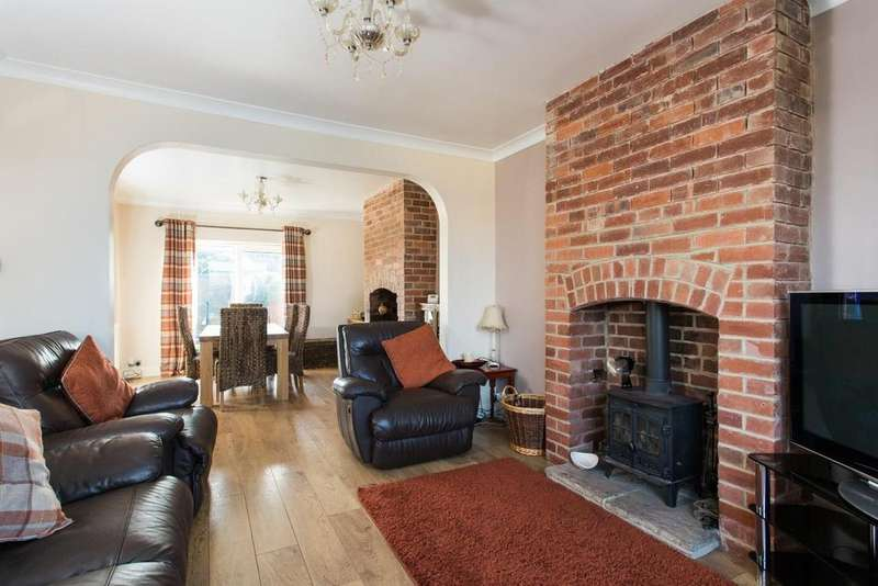 3 Bedrooms House for sale in Glebelands, Knottingley