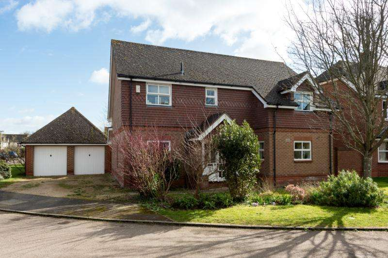 4 Bedrooms Detached House for sale in Newman Lane, Drayton, Abingdon