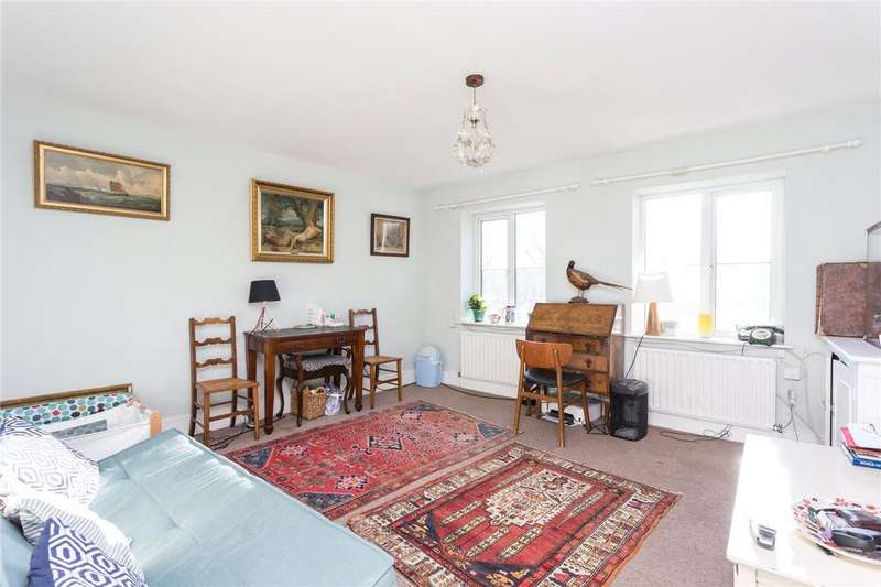2 Bedrooms Flat for sale in London, E1