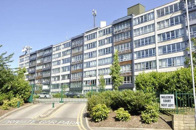 2 Bedrooms Apartment Flat for sale in Ingledew Court, Leeds, West Yorkshire