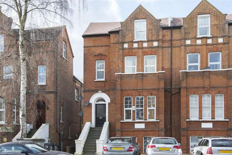 2 Bedrooms Flat for sale in Hermon Hill, London, E11