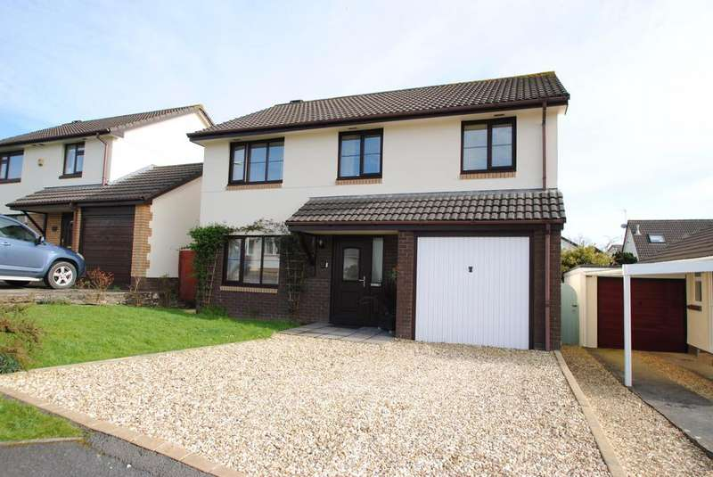 4 Bedrooms Detached House for sale in Rosemoor Road, Torrington
